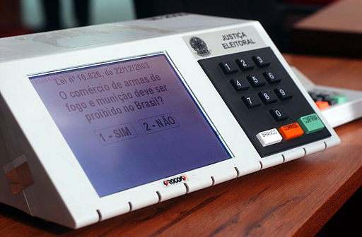 Election 512px-Urna_eletrônica